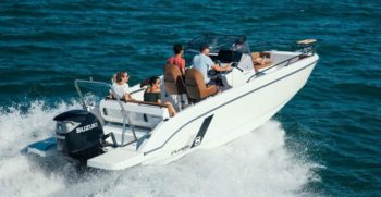 CNDiffusion_beneteau_flyer-8_spacedeck_2